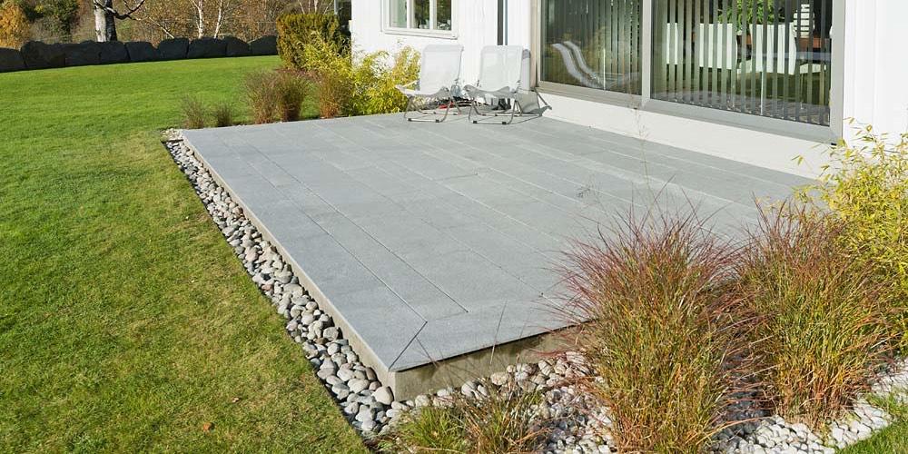 Lys granitt til terrasse _VA05128
